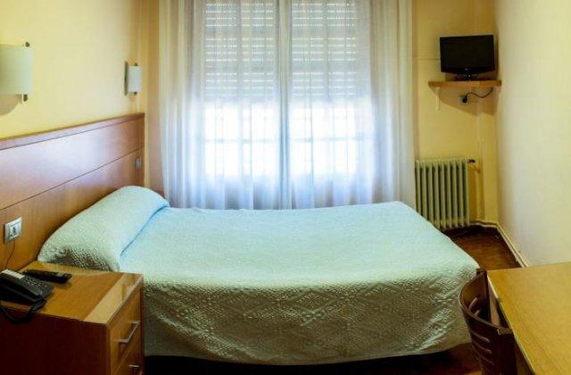 Camino de Santiago Accommodation: Hotel Mabú ⭑