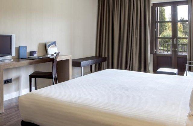 Camino de Santiago Accommodation: AC Hotel Vila de Allariz ⭑⭑⭑⭑