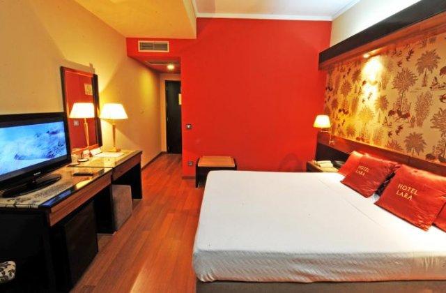 Camino de Santiago Accommodation: Hotel Lara ⭑⭑⭑