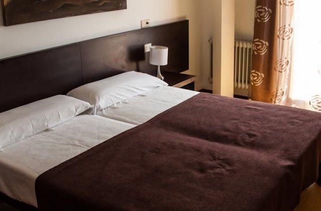 Camino de Santiago Accommodation: Hotel Alda Estación ⭑⭑