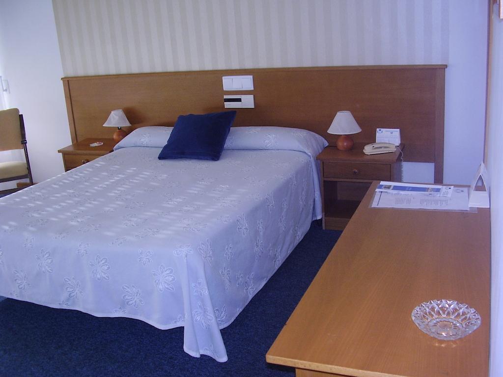 Camino de Santiago Accommodation: Hotel Rosalía ⭑⭑