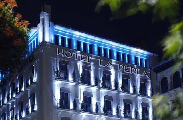 Camino de Santiago Accommodation: Gran Hotel La Perla ⭑⭑⭑⭑⭑