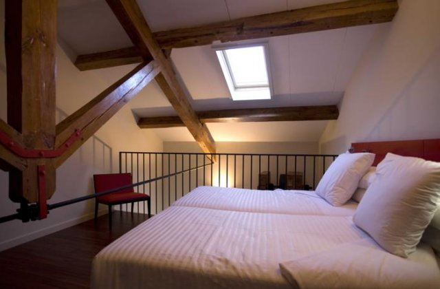 Camino de Santiago Accommodation: Hotel Tximista ⭑⭑⭑⭑