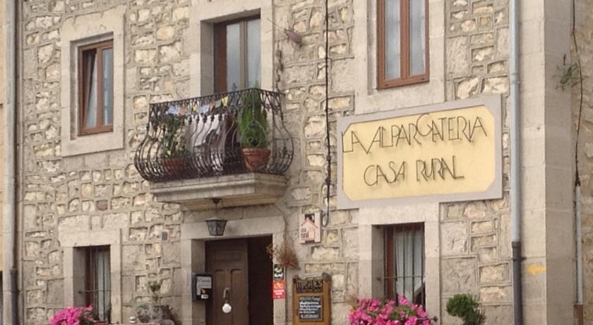 Camino de Santiago Accommodation: Casa Rural La Alpargatería