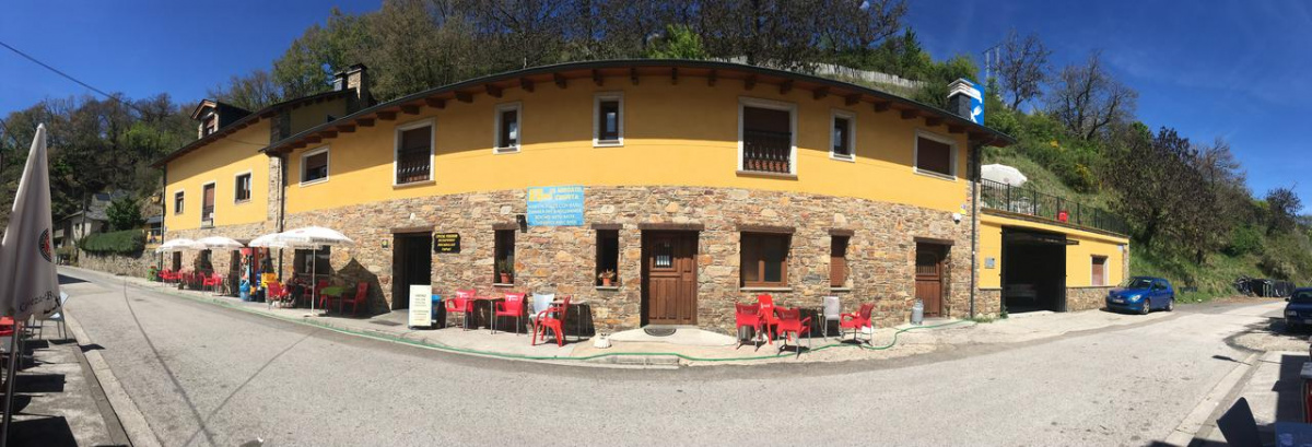 Camino de Santiago Accommodation: Casa Rural Os Arroxos