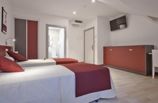 Camino de Santiago Accommodation: Hotel Ferramenteiro ⭑⭑