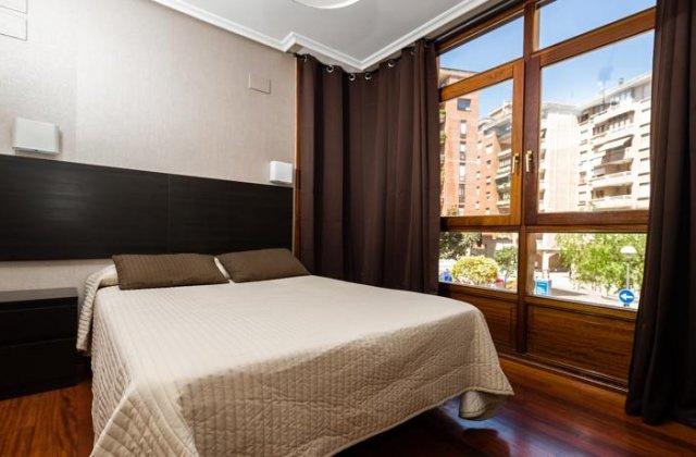 Camino de Santiago Accommodation: Hostal Catamarán ⭑