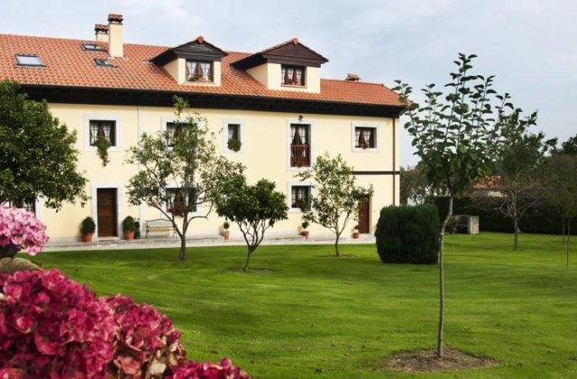 Camino de Santiago Accommodation: Casa de Aldea El Frade ⭑⭑