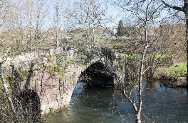 Photo of Puente Romano on the Camino de Santiago