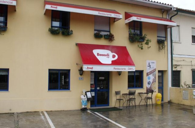 Camino de Santiago Accommodation:  Hotel Restaurante Oasis