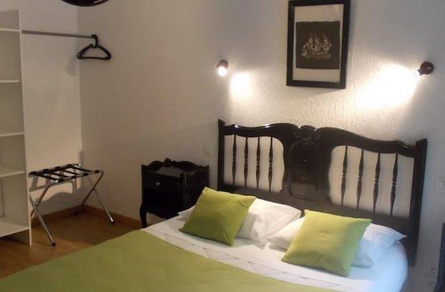 Camino de Santiago Accommodation: Hotel Le Clementenia