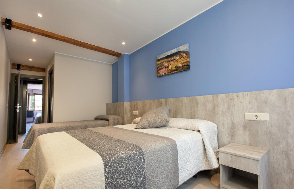 Camino de Santiago Accommodation: Pension San Lorenzo