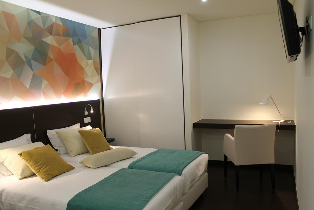 Camino de Santiago Accommodation:  Art Inn Barquinha