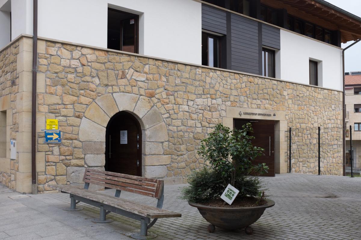 Camino de Santiago Accommodation: Albergue de peregrinos de Larrabetzu