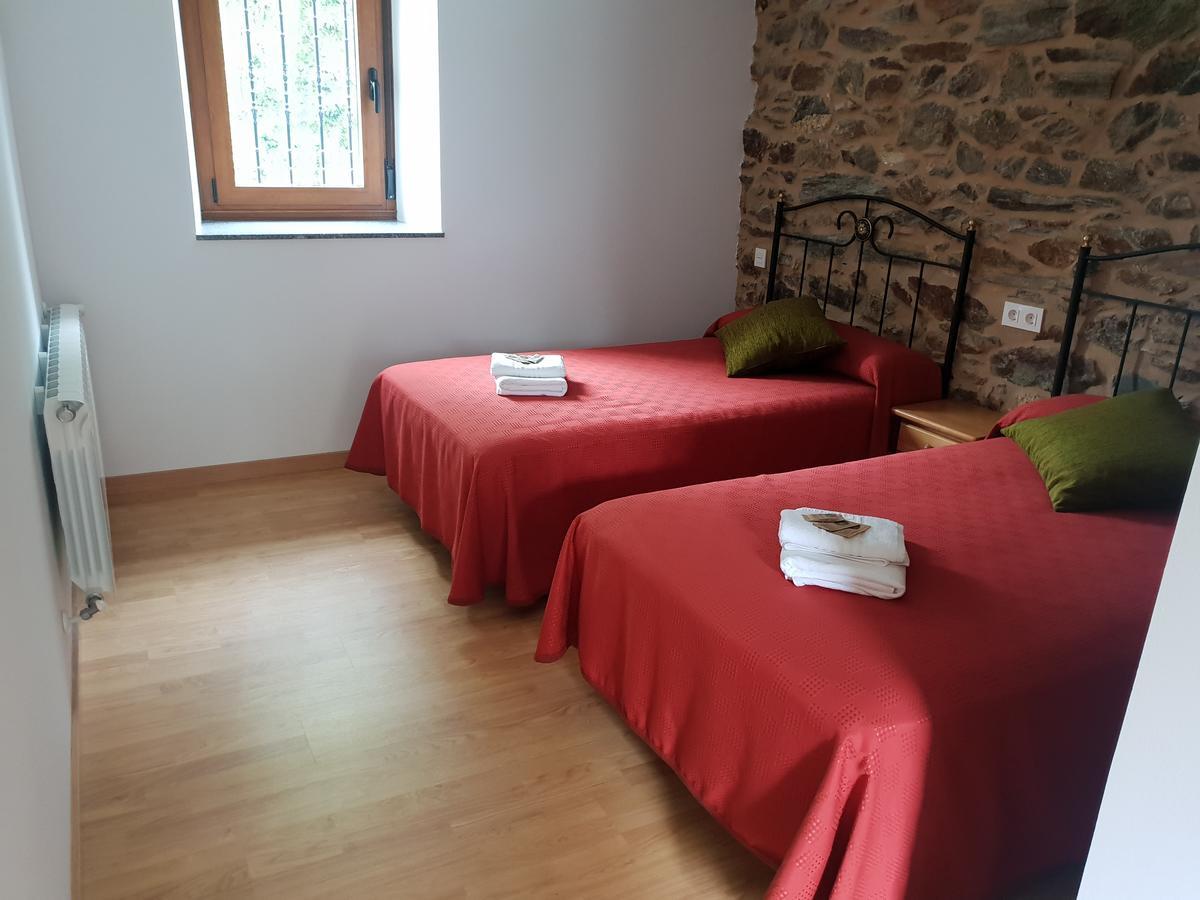 Camino de Santiago Accommodation: Casa da Ponte