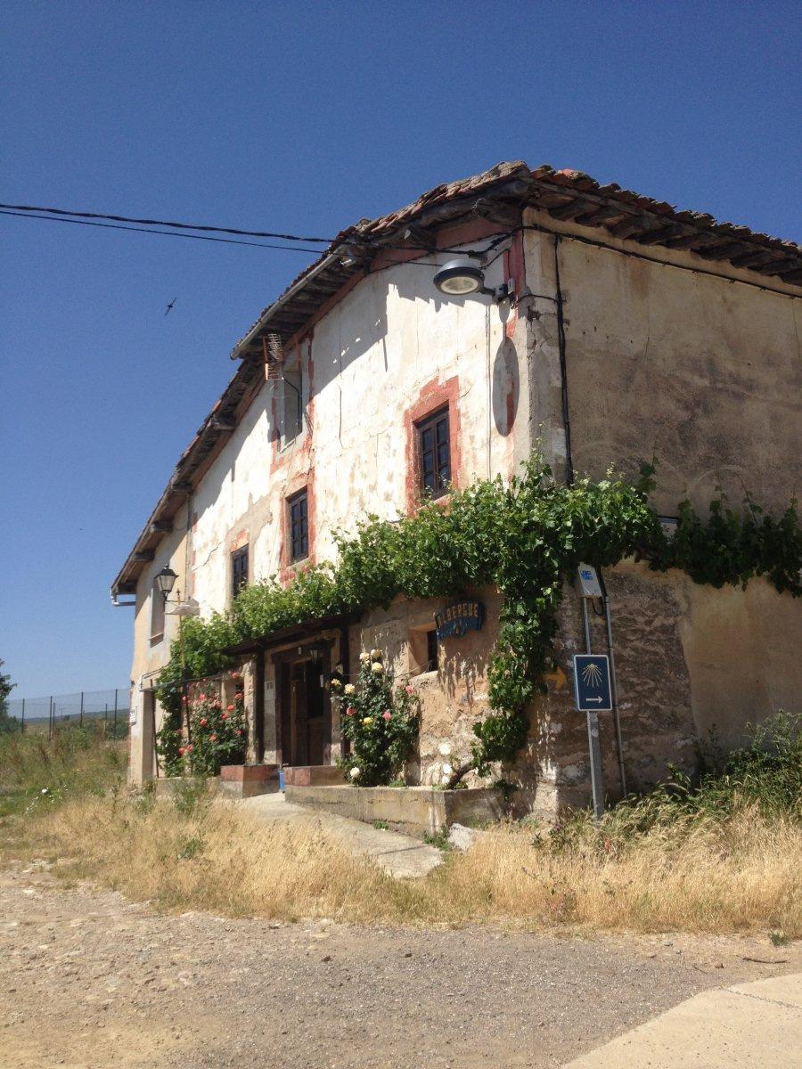 Camino de Santiago Accommodation: Albergue La Campana de Espinosa del Camino