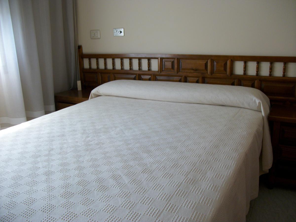 Camino de Santiago Accommodation: Hotel Xeito ⭑