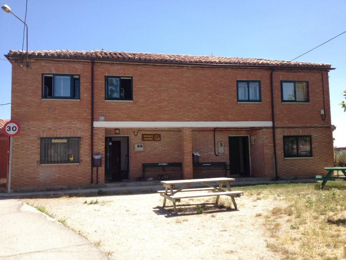 Camino de Santiago Accommodation: Albergue de Tardajos