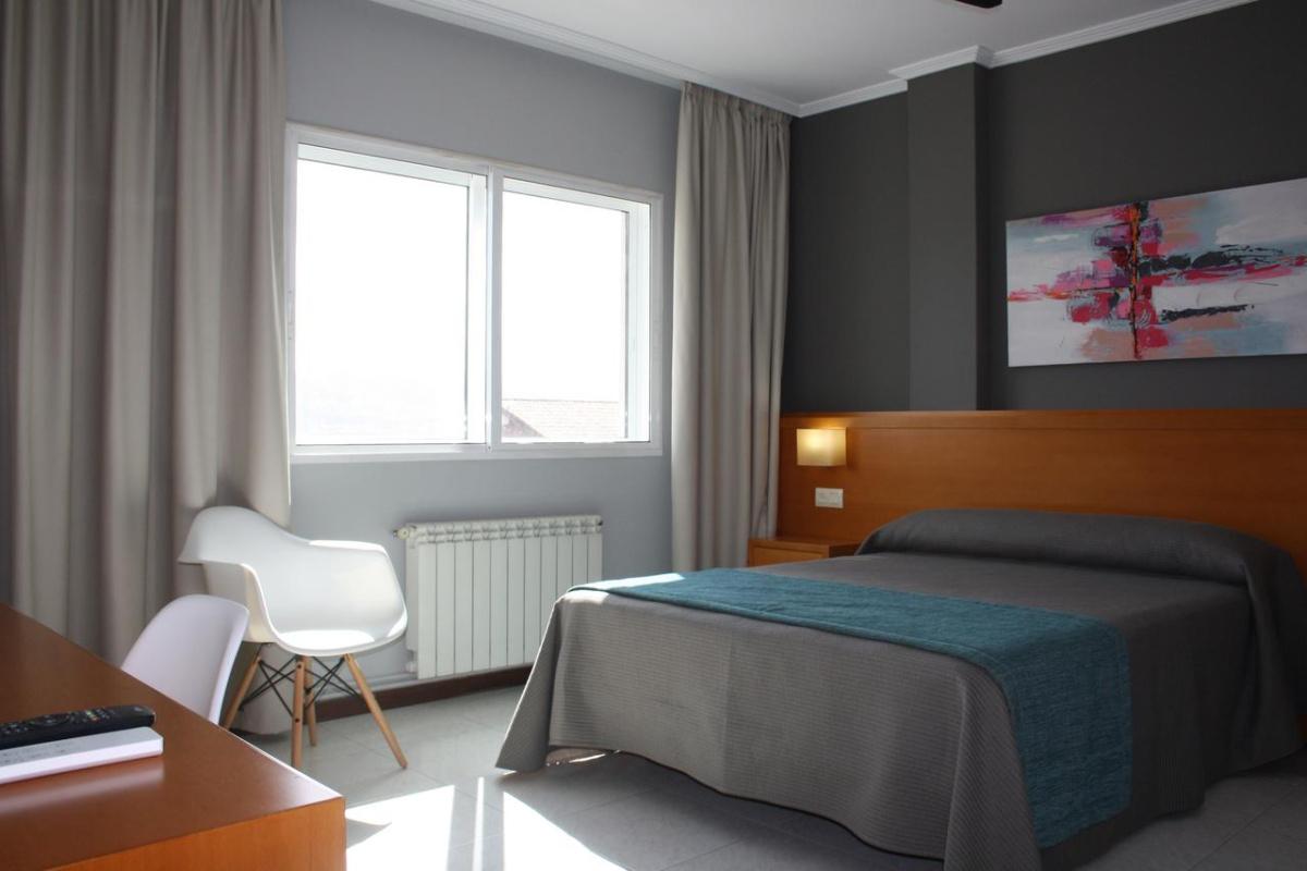 Camino de Santiago Accommodation: Hotel Combarro ⭑