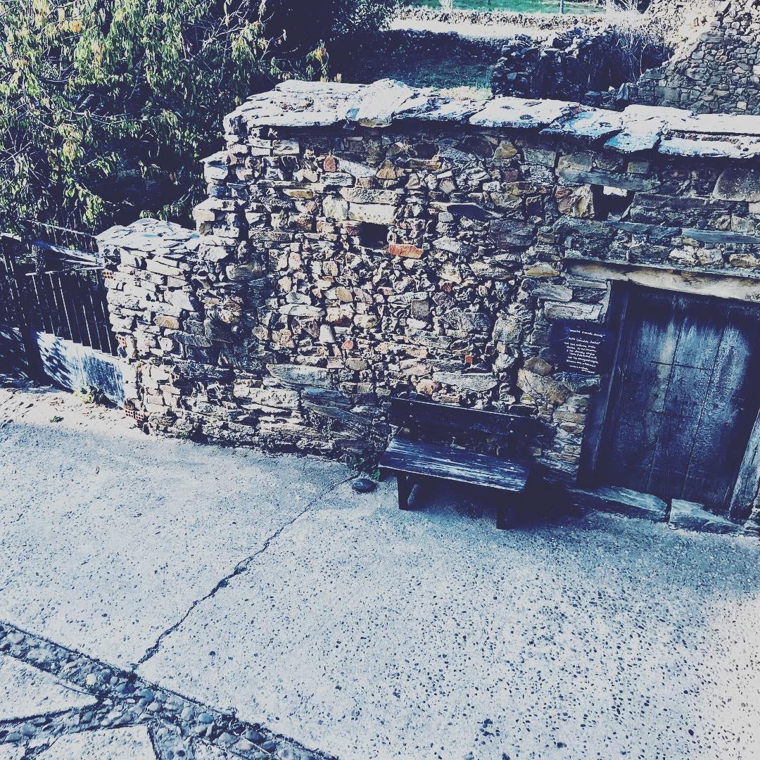 Camino de Santiago Accommodation: The Stone Boat