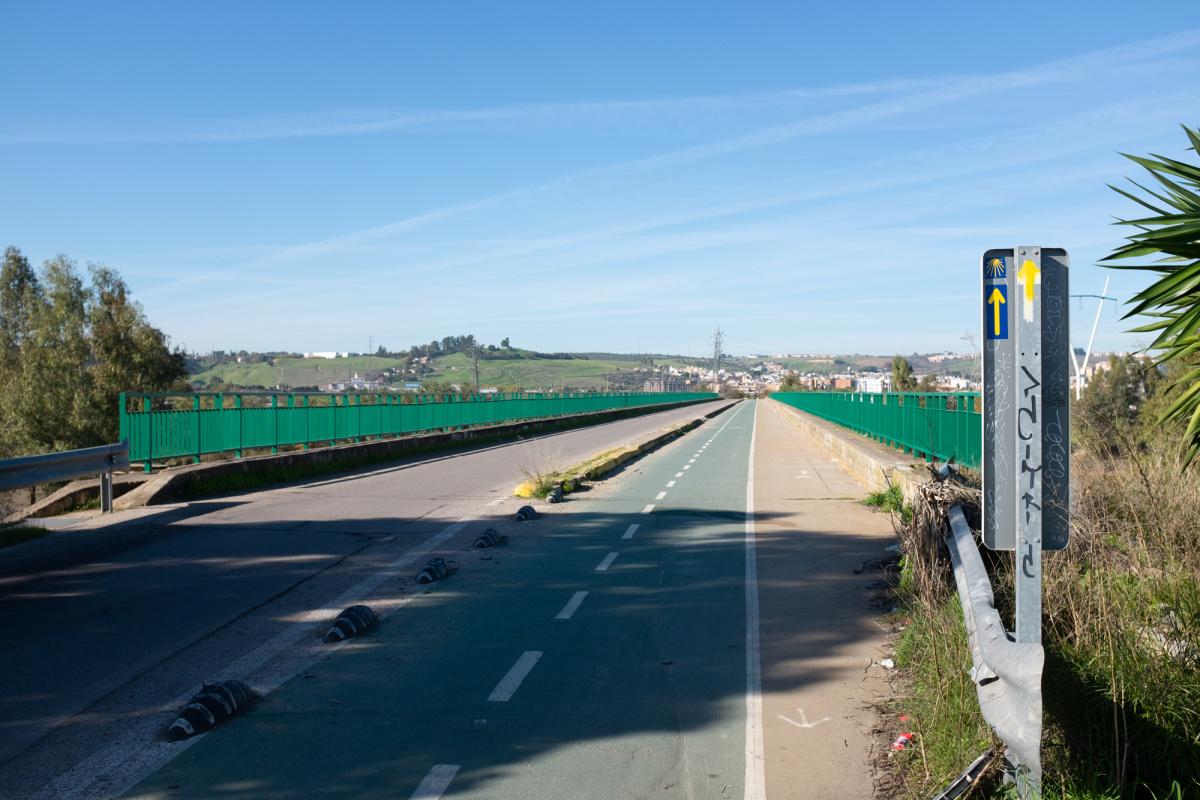 Photo of Río Guadalquivir Branch and Split on the Camino de Santiago