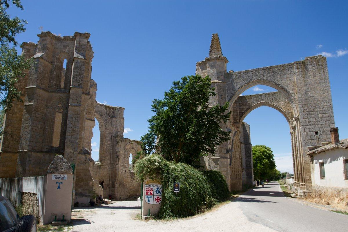 Camino de Santiago Accommodation: Albergue de San Antón