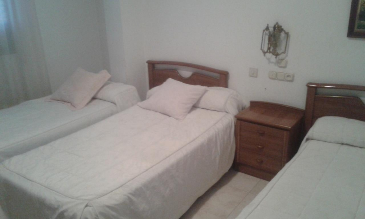 Camino de Santiago Accommodation: Hostal Avenida ⭑⭑