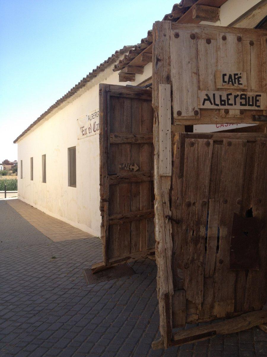 Camino de Santiago Accommodation: Albergue En el Camino