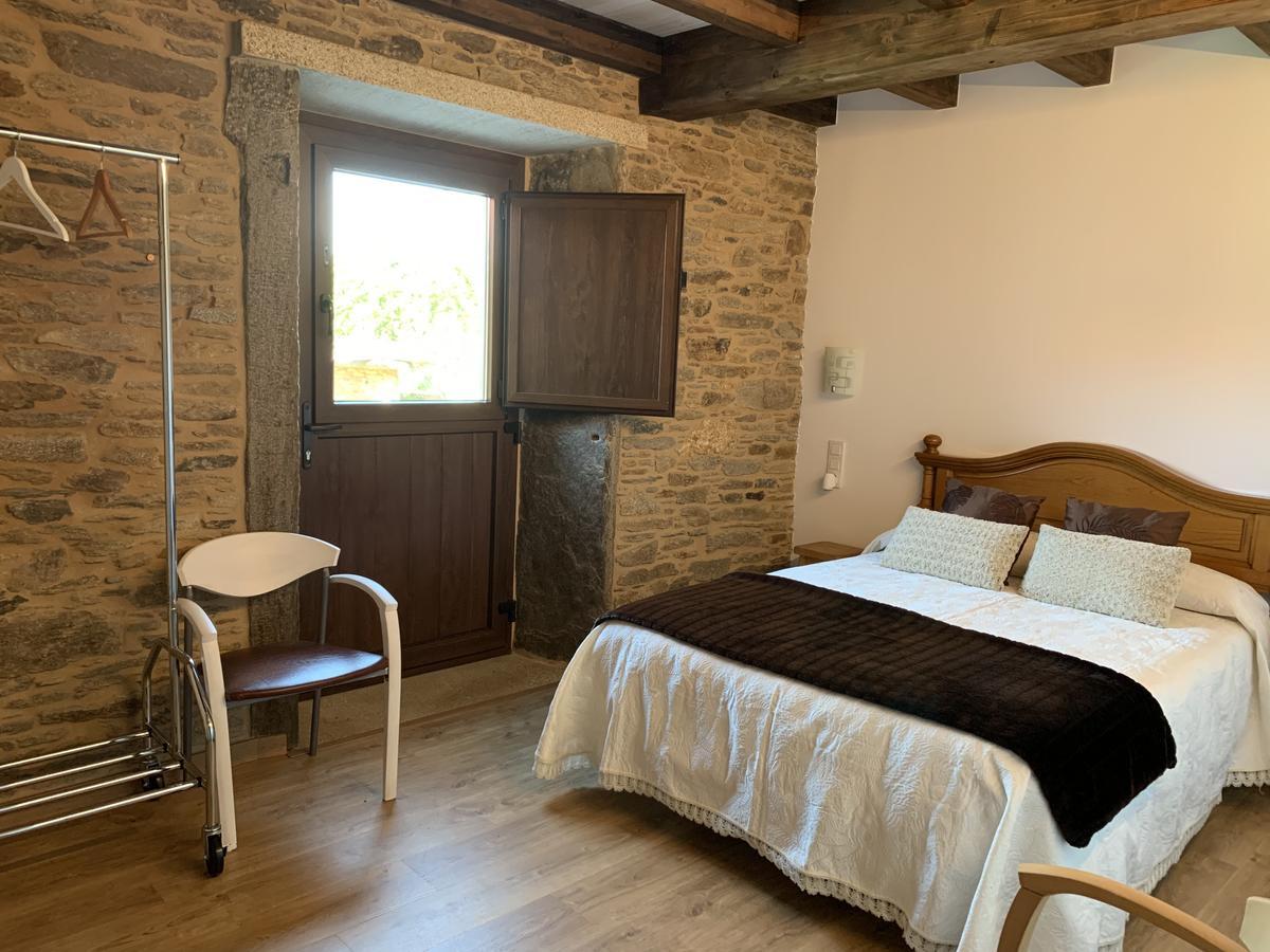 Camino de Santiago Accommodation: Casa Rural do Horreo