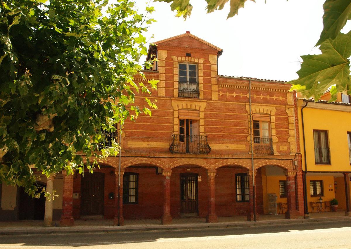 Camino de Santiago Accommodation: Albergue Luz de Frómista