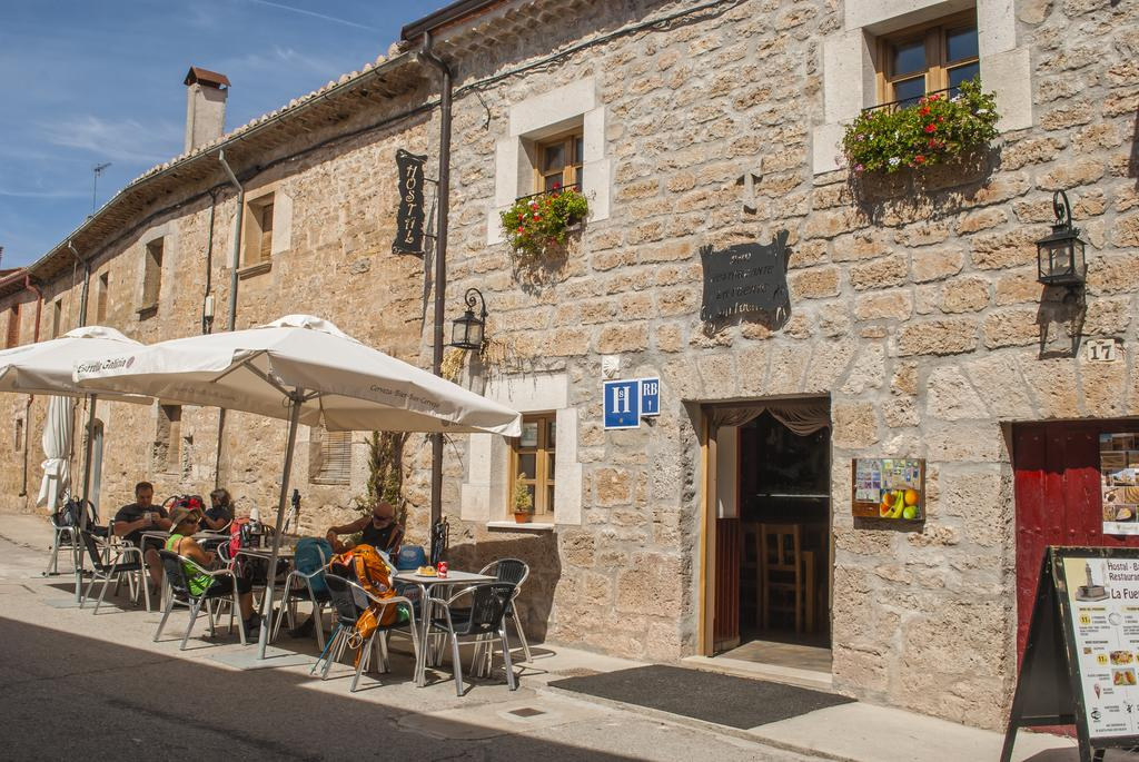 Camino de Santiago Accommodation: Hostal La Fuente de Rabé