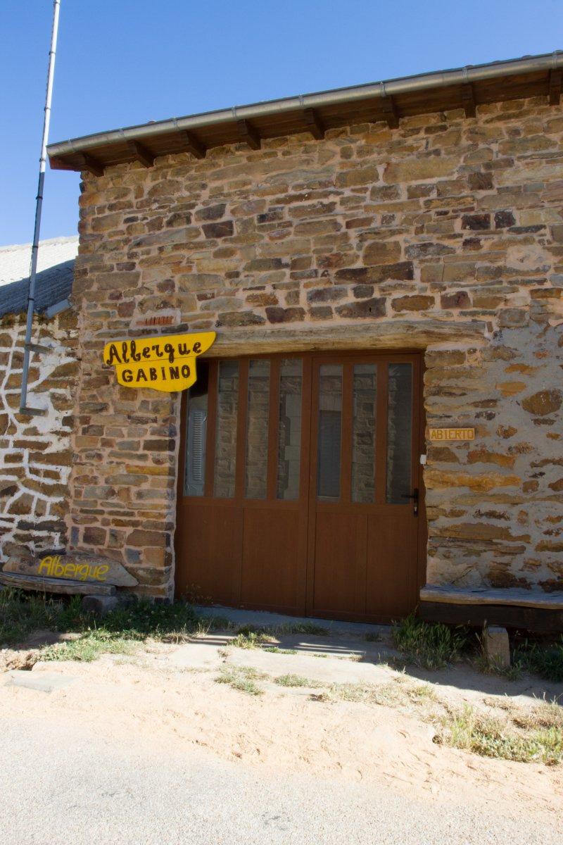 Camino de Santiago Accommodation: Albergue Gabino