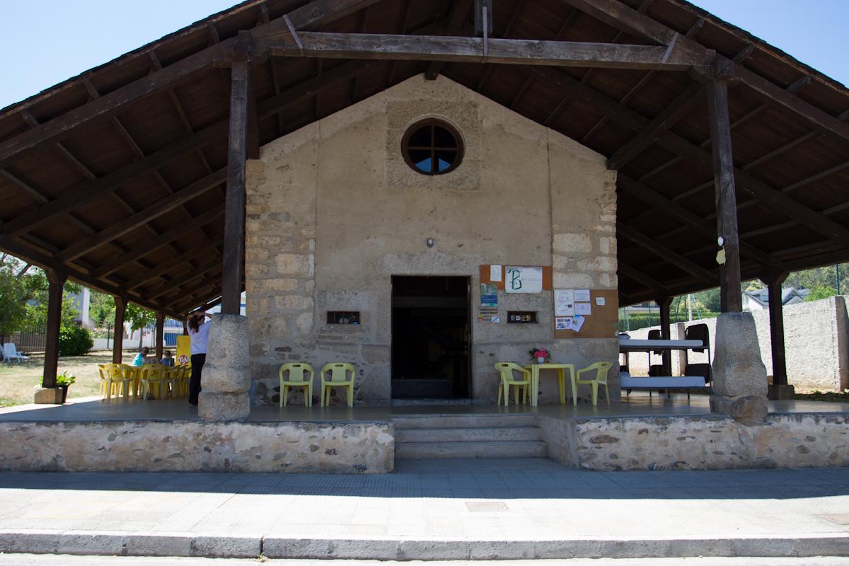 Camino de Santiago Accommodation: Albergue de Peregrinos de Molinaseca