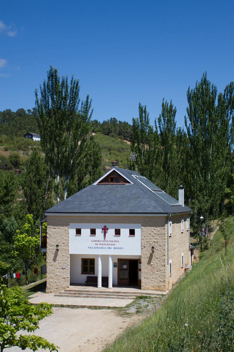 Camino de Santiago Accommodation: Albergue Municipal Villafranca del Bierzo