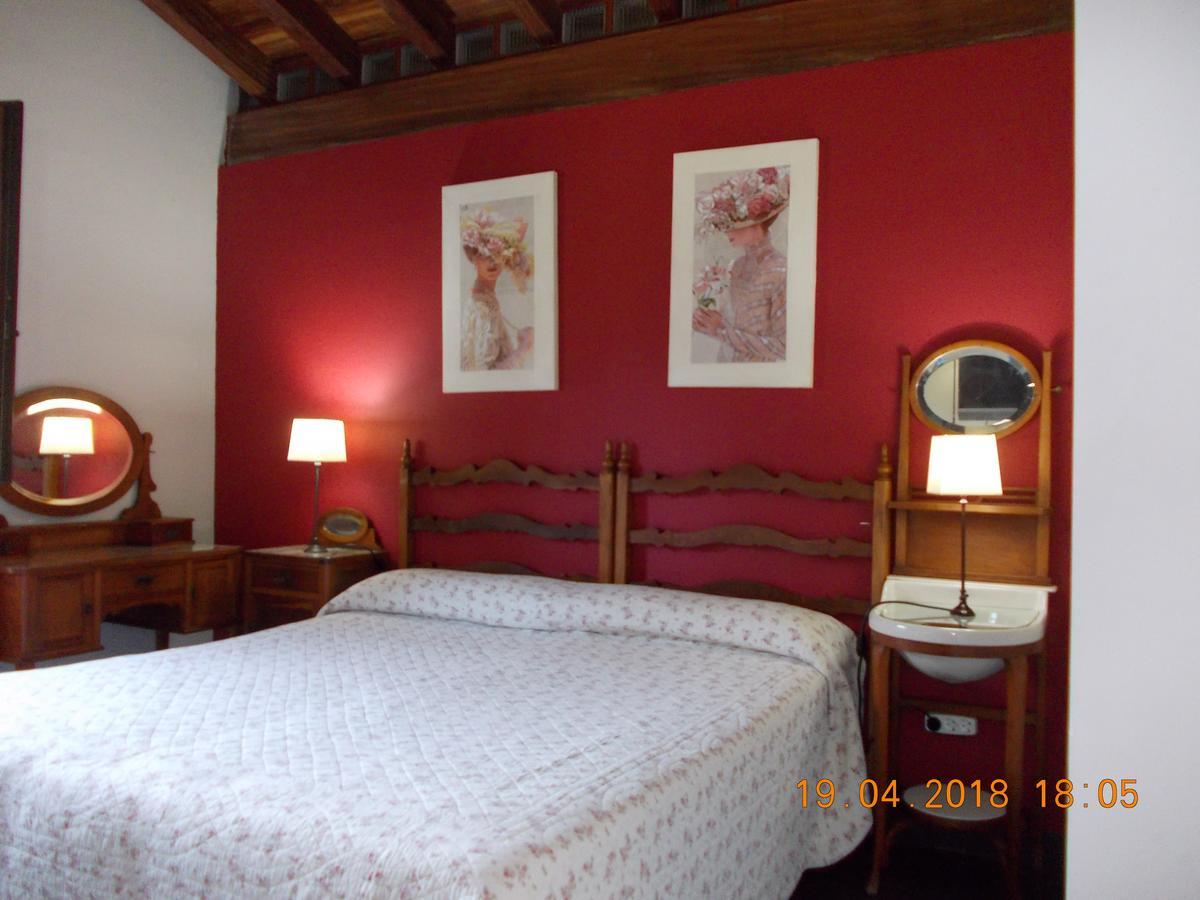 Camino de Santiago Accommodation: Casa Rural Miamendi