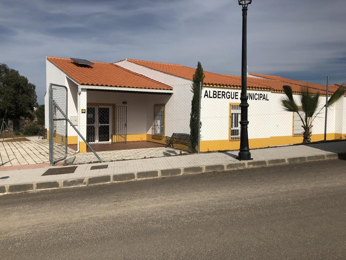 Camino de Santiago Accommodation: Albergue El Carrascalejo