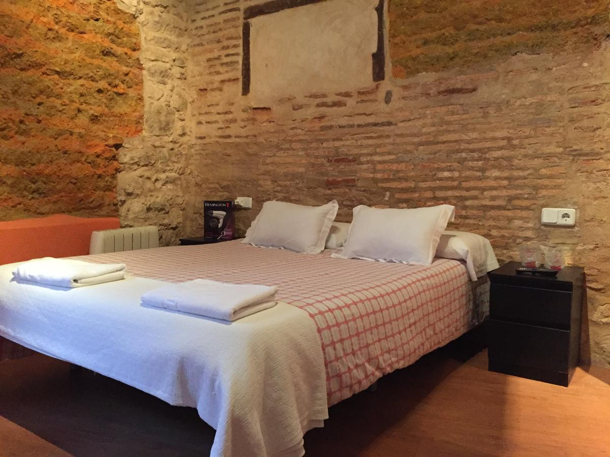 Camino de Santiago Accommodation: Hosteria Natura Plaza