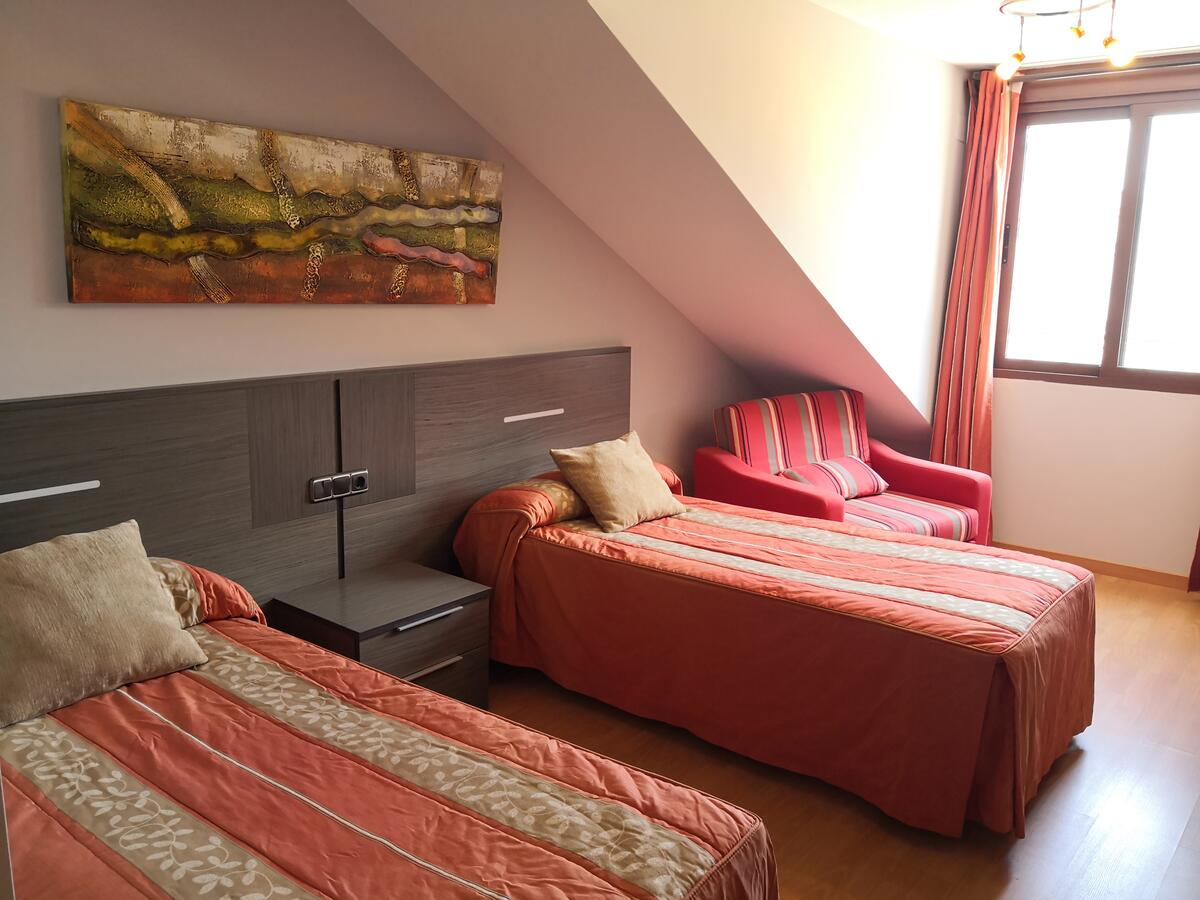Camino de Santiago Accommodation: Hotel Fray Sebastián ⭑