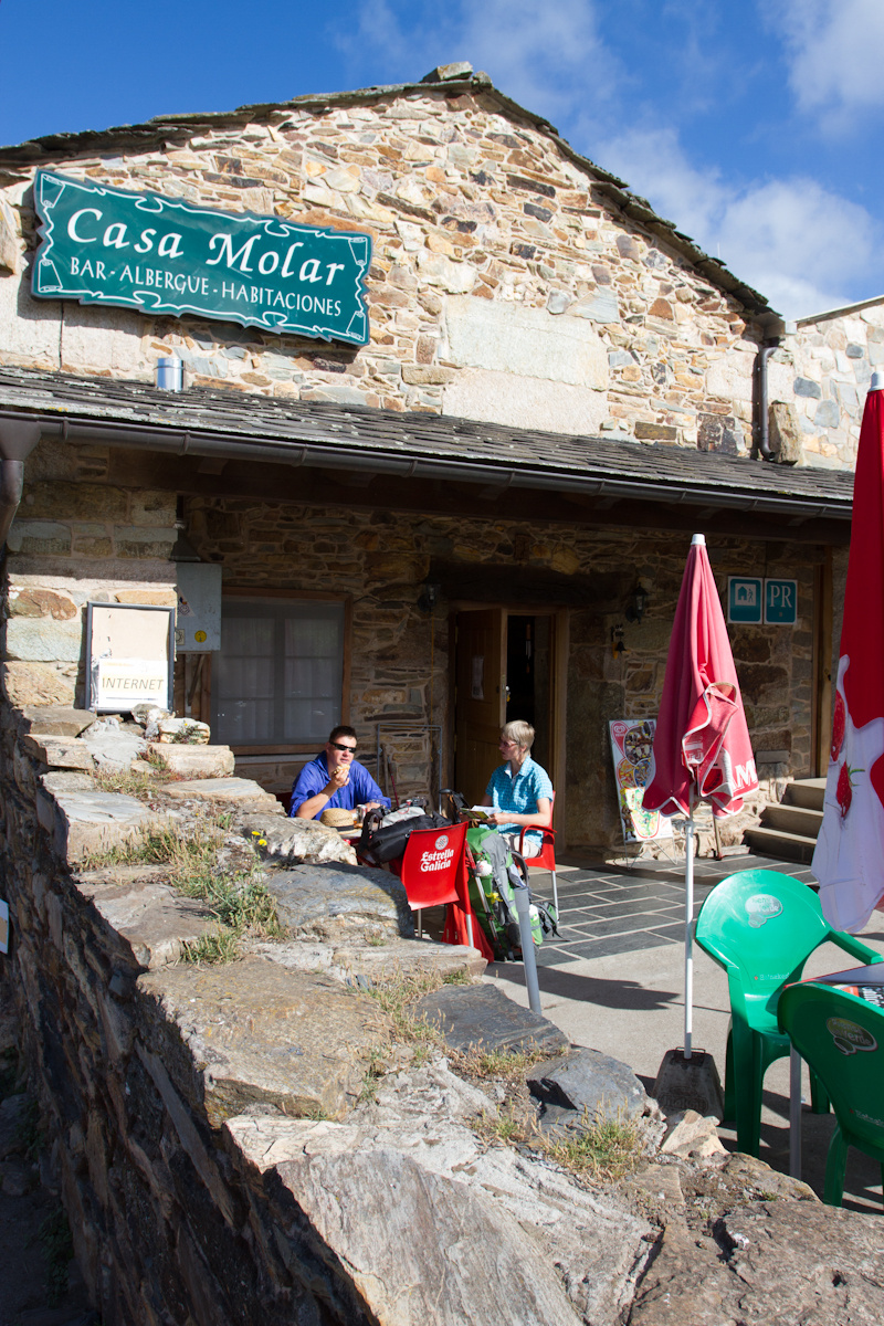Camino de Santiago Accommodation: Albergue Casa Molar