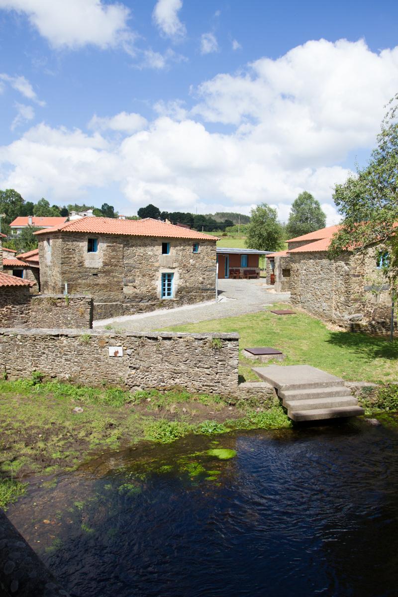 Camino de Santiago Accommodation: Albergue de Ribadiso da Baixo