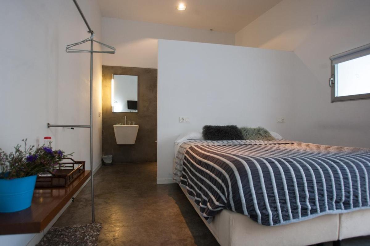 Camino de Santiago Accommodation: Hotel La Maga Rooms ⭑