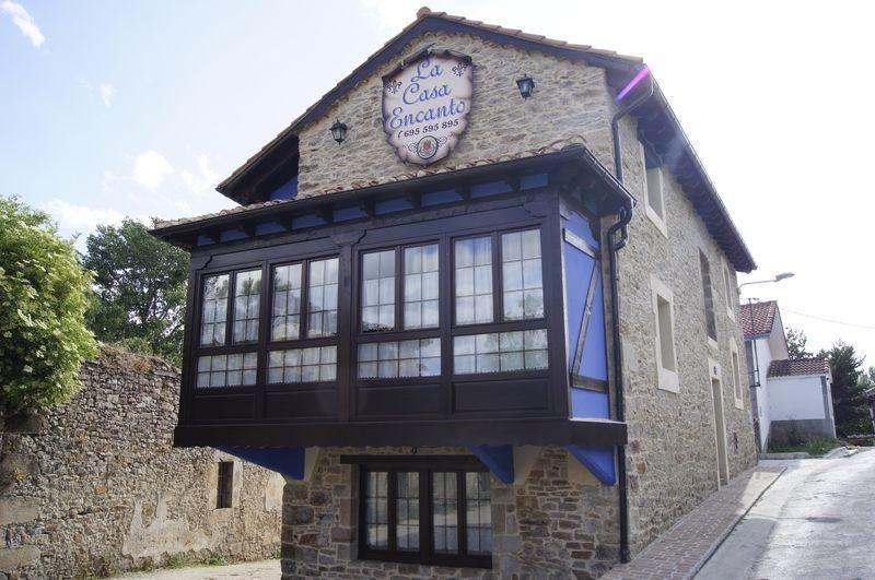 Camino de Santiago Accommodation: La Casa Encanto ⭑