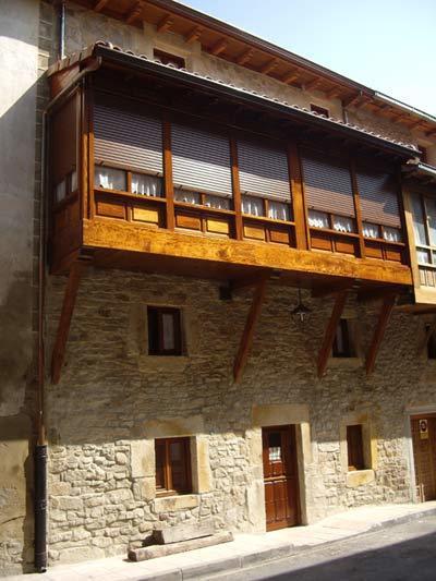 Camino de Santiago Accommodation: Casa Rural Los Monteros