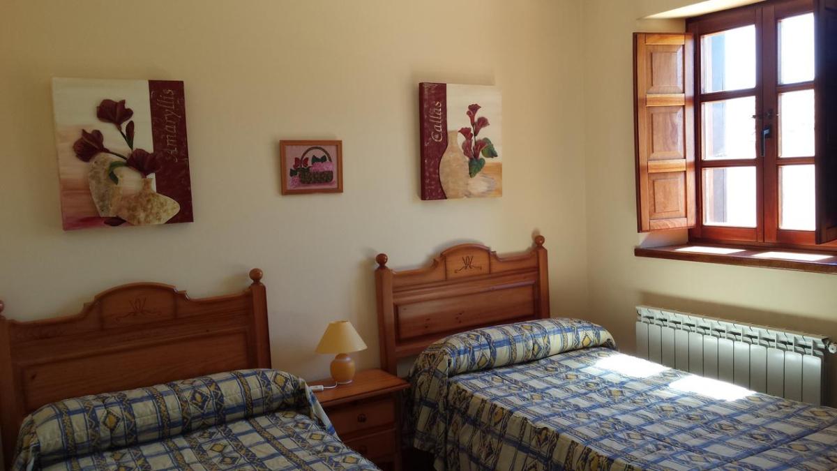 Camino de Santiago Accommodation: Casas Valle de Tosande