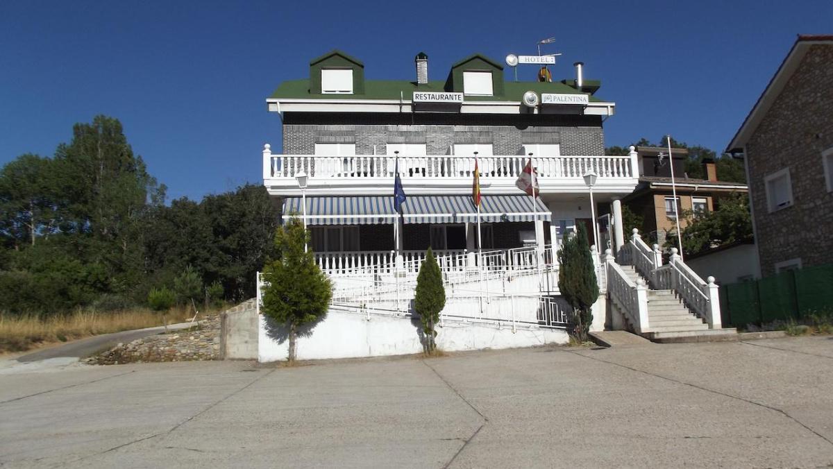 Camino de Santiago Accommodation: Hotel Montaña Palentina