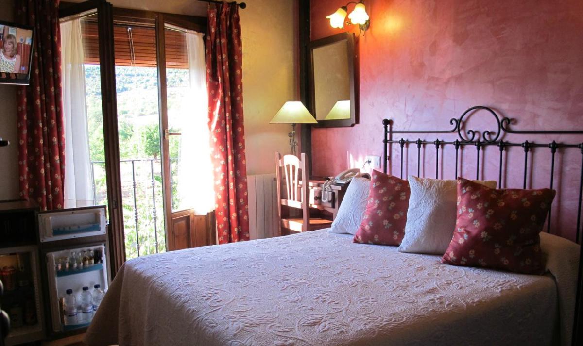 Camino de Santiago Accommodation: Hotel Doña Sancha ⭑⭑