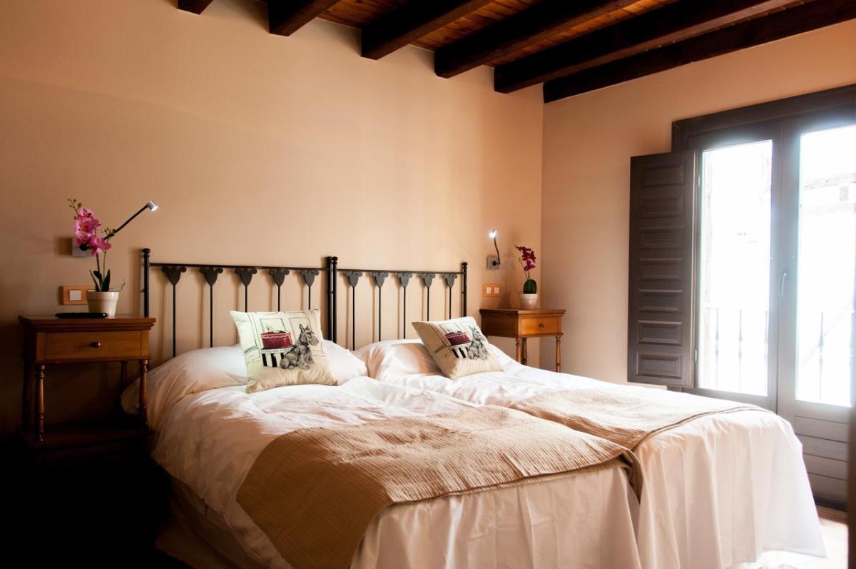 Camino de Santiago Accommodation: Hotel rural Princesa Kristina ⭑⭑⭑