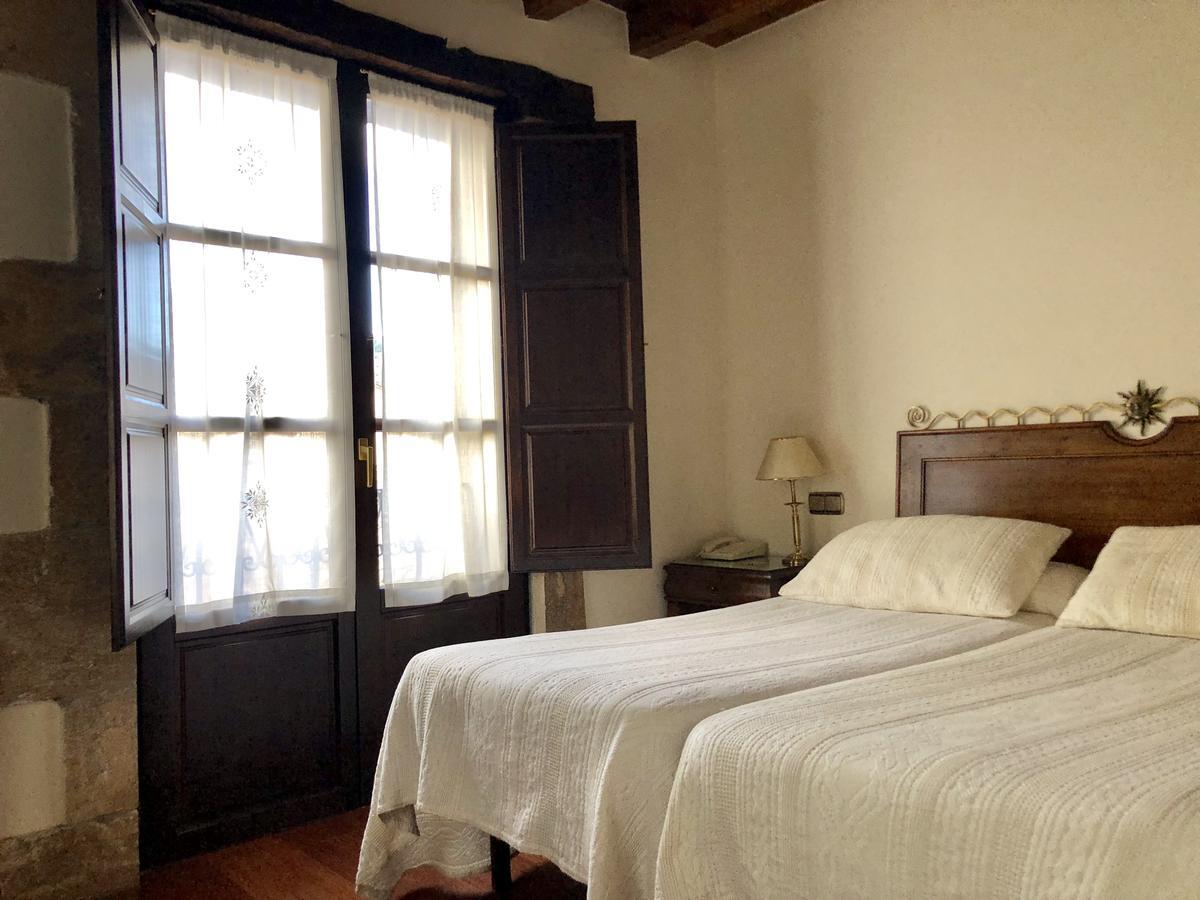 Camino de Santiago Accommodation: Hotel Rey Chindasvinto ⭑⭑⭑