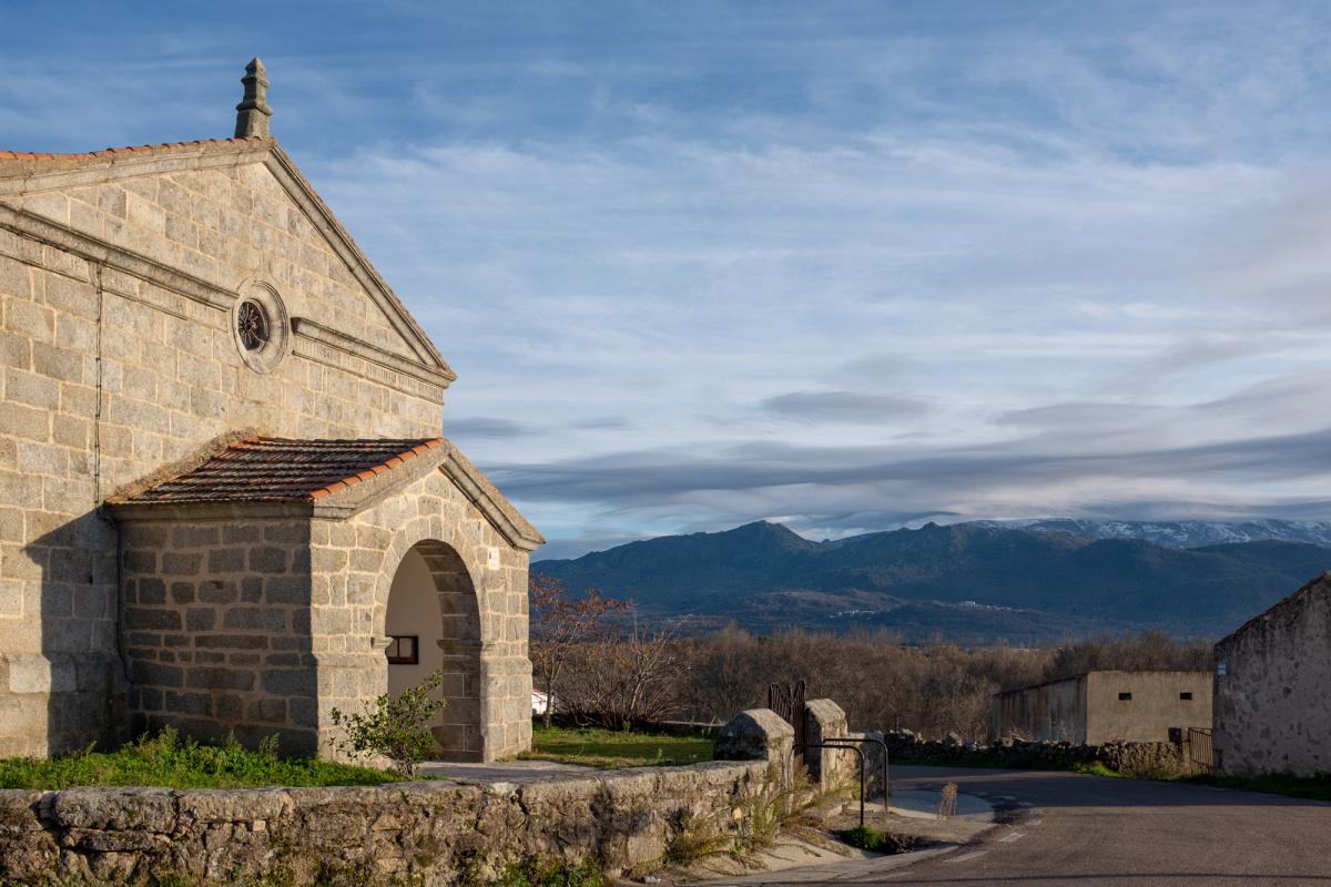 Photo of Valverde de Valdelacasa on the Camino de Santiago