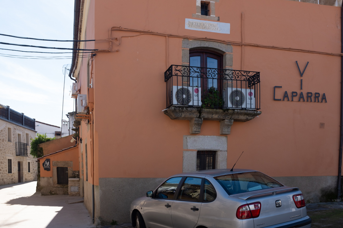 Camino de Santiago Accommodation: Albergue Via Caparra Confort